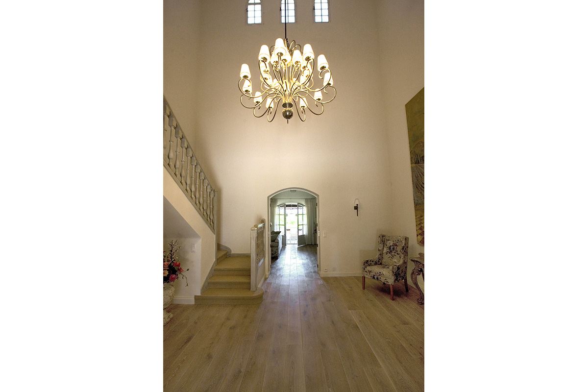 interior design for hallway and staircase with lighting feature