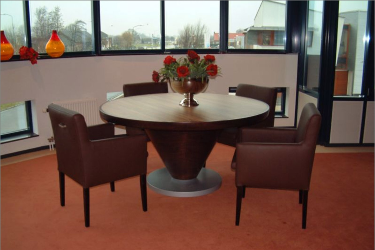 Round meeting room table in reception at hotel